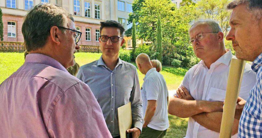 Im Gespräch mit dem Abgeordneten Hans-Peter Behrens